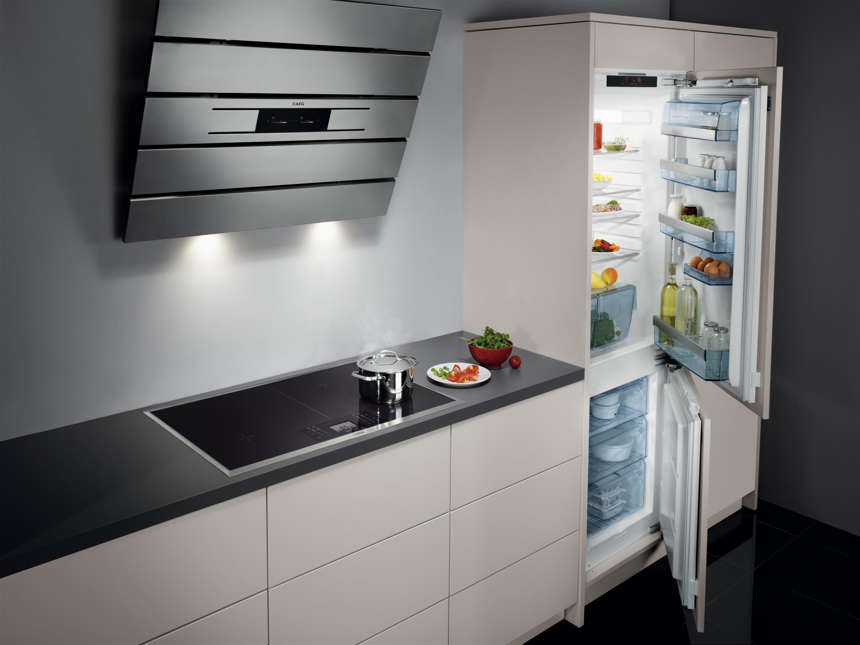 AEG keukenapparatuur - Keuken Drachten